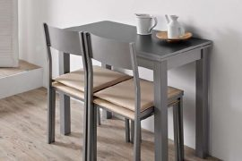 Mesa de cocina con taburete pitu y silla vero