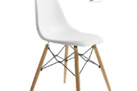 Silla Munich blanca acabado polipropileno combinado con patas de madera