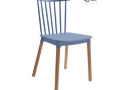Silla Dublín azulon polipropileno con patas de madera