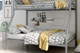 Litera familiar gris modelo Bilbao acabado en tubo metálico con cama inferior de 135*190 y superior de 90*190
