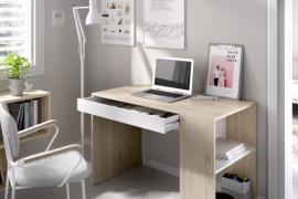 Mesa escritorio Teo con un cajón central y estanteria lateral, acabado natural combinado color blanco